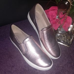 Leather Rose Gold slip ons💖